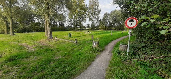 De groene grensovergang in Huppel: plek voor de eerste Grensztafel.