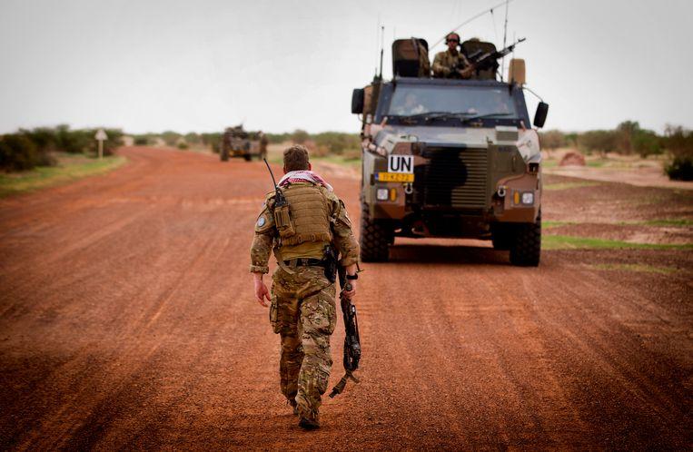 Nederlandse commando's van de Korps Commando Troepen (KCT) op patrouille naar Ansongo voor de VN-missie Minusma. Beeld ANP