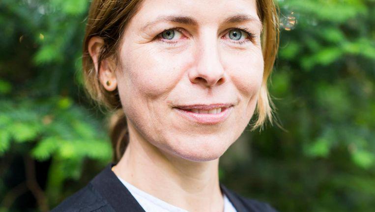 Maria Barnas: 'Ik probeer de rafelranden van communicatie te laten zien.' Beeld Eva Plevier
