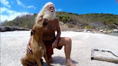 Miljonair (73) verloor alles door beurscrash. Nu woont hij met zijn hond op verlaten eiland