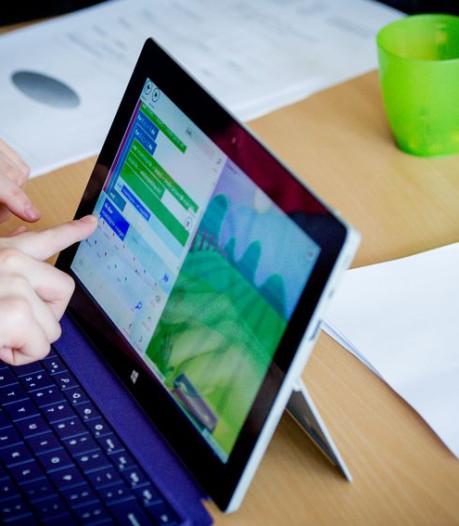 Gemeente geeft duizend laptops en wifi aan kwetsbare inwoners