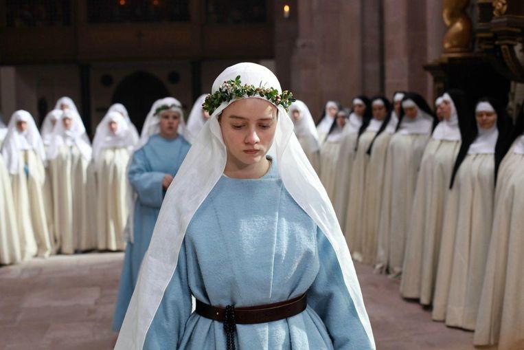 Pauline Etienne in La religieuse. Beeld