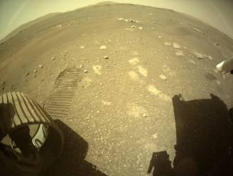 Robotjeep Perseverance rijdt eerste meters op Mars