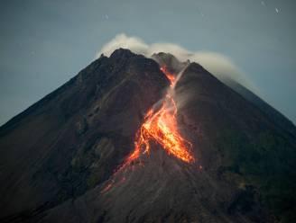 Een van de meest actieve vulkanen ter wereld spuwt opnieuw lava