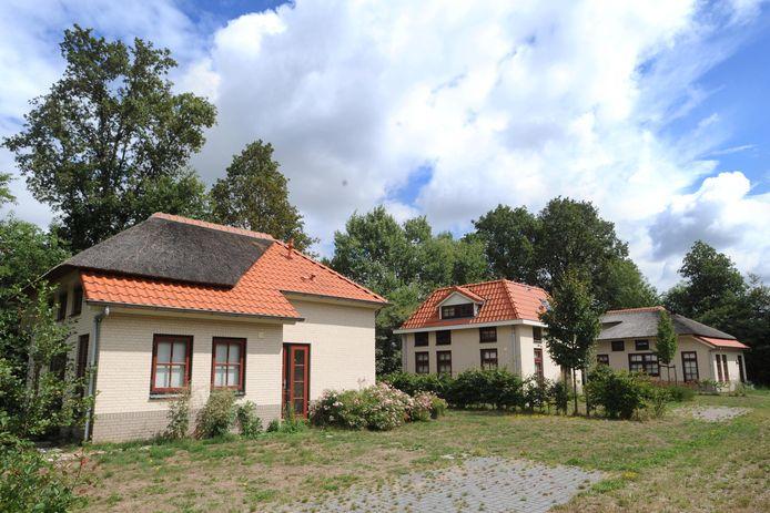 Een paar huisjes, verder is Villapark Scholtenhagen nooit gekomen. Terwijl ze nu als warme broodjes over de toonbank zouden gaan. Er is veel vraag naar recreatiewoningen maar er is geen aanbod.