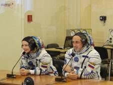 Une actrice et un réalisateur russes décollent pour tourner le premier film dans l'espace