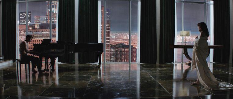 Beeld uit Fifty Shades of Grey. Beeld Universal