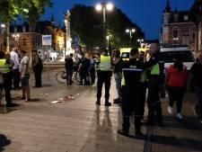 Man bewusteloos geslagen door groep tieners voor station Den Bosch
