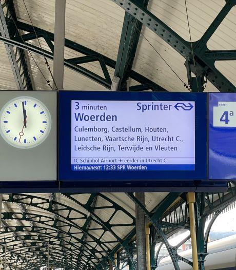 Nieuw snufje op Eindhoven Centraal: een 'afteller' op het infobord