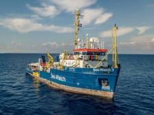 Burgemeester Napels wil Nederlands migrantenschip redden