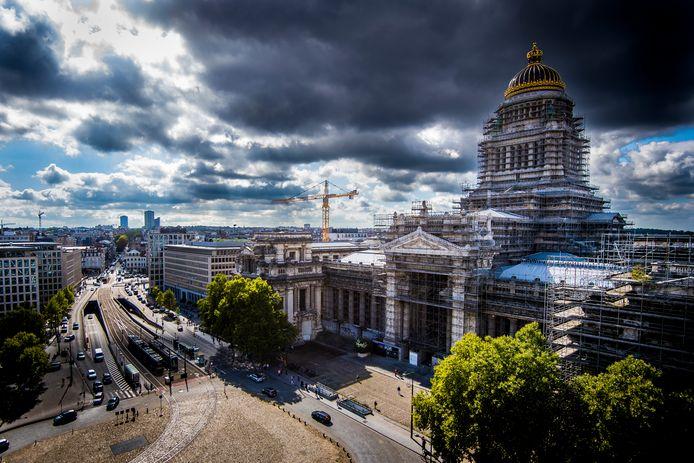 Vue aérienne sur le palais de Justice de Bruxelles.