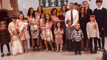 Dit gezin telt 20 kinderen en hoewel de ouders het daarbij wilden houden, is nummer 21 onderweg