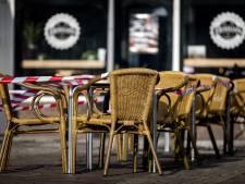 LIVE | Veel onveilige mondkapjes uit markt gehaald, terrasprotest in Amsterdam gestaakt