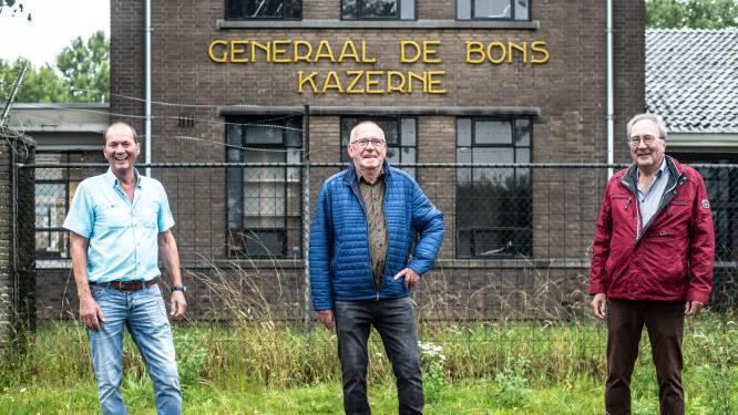 Oude dienstmaten na precies 50 jaar samen terug op Generaal de Bonskazerne: 'Janssen', achter de wacht!'