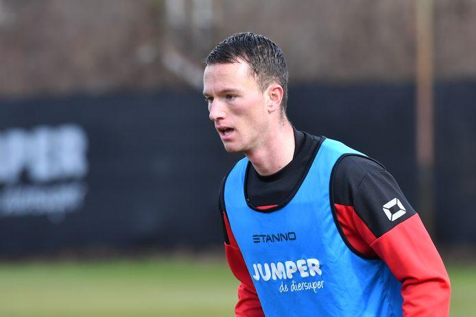 Sander van Looy draait als stagiar mee op de training bij GA Eagles.