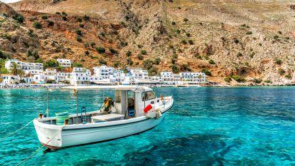 """Griekenland wil deze zomer weer toeristen ontvangen: """"Er mag niet gediscrimineerd worden op basis van nationaliteit"""""""