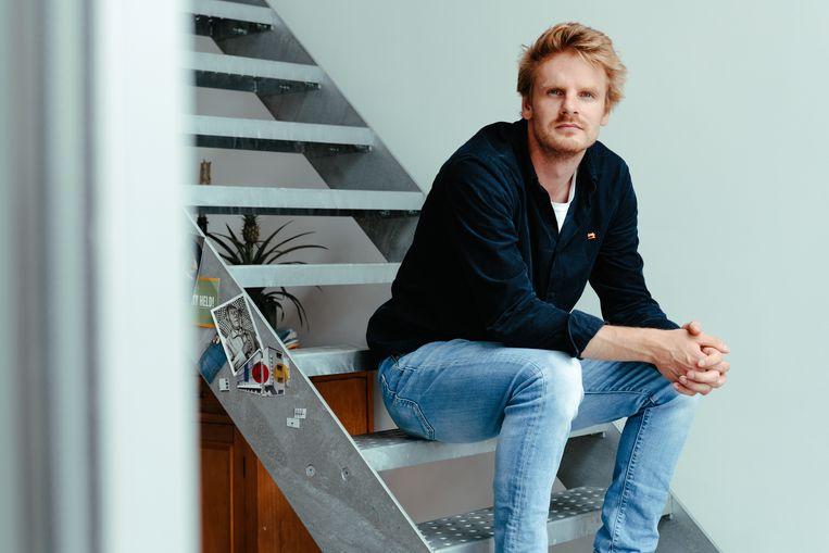 Bas Surmont (24) uit Wevelgem: 'Ik vertrouw in de wetenschap.' Beeld Damon De Backer