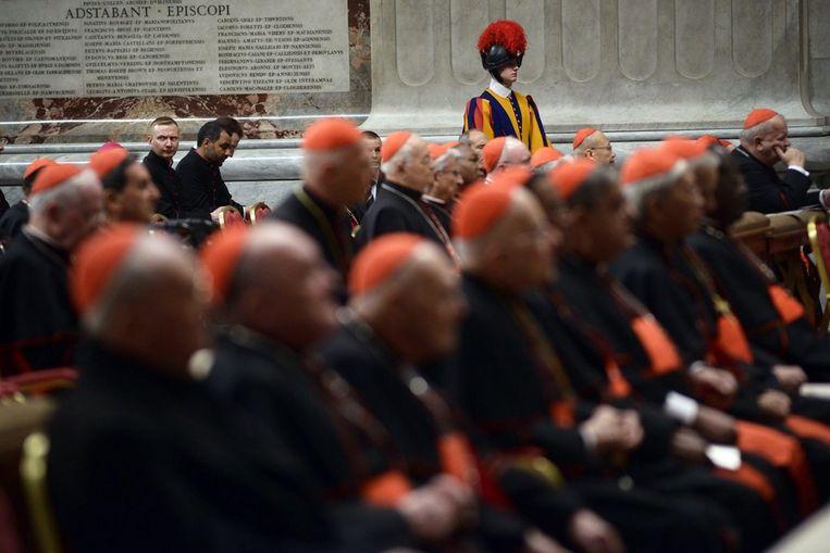 Kardinalen tijdens een mis in het Vaticaan. Beeld ANP