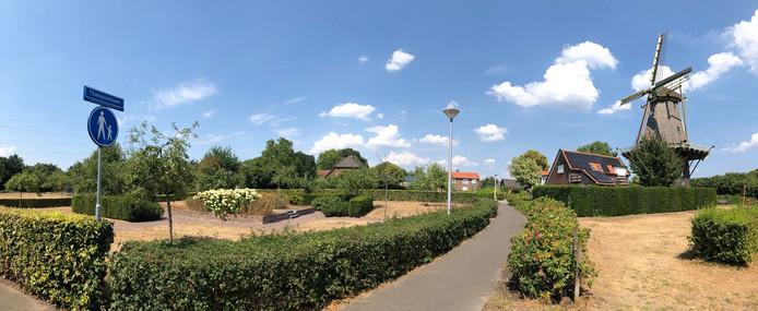 Thate heeft sinds kort een eigen plantsoen in Warnsveld. Niet zozeer voor zijn meteorologische werkzaamheden, maar vooral voor wat hij als huisarts voor de gemeenschap heeft gedaan.