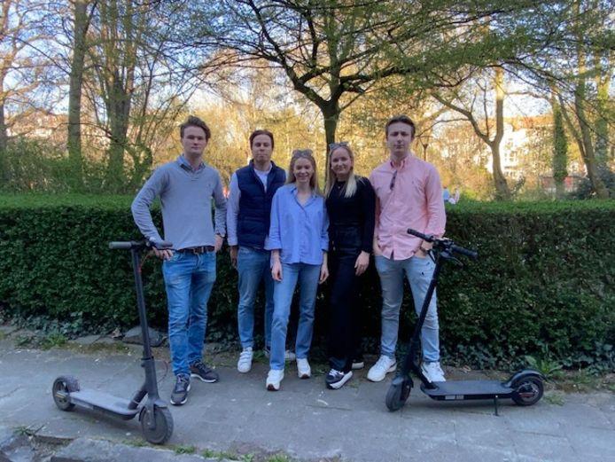 Julien Vyncke (21) uit Aalst en Harelbeke,  Annelies Van Acker (20) uit Nieuwpoort, Sébastien Van Der Meiren (22) uit Oudenaarde,  Jaime Larrea Betolaza (23) uit Gent en Yoni De Craeye (20) uit Oudenaarde.