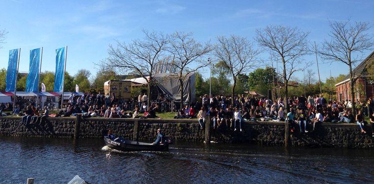 Gezellige drukte in het Westerpark Beeld Thea Schepers