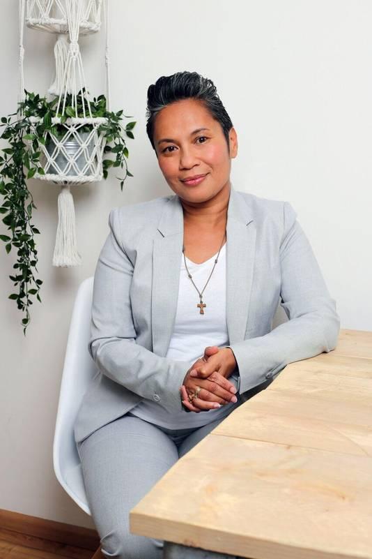 Uitvaartverzorger Lucia Westerlink
