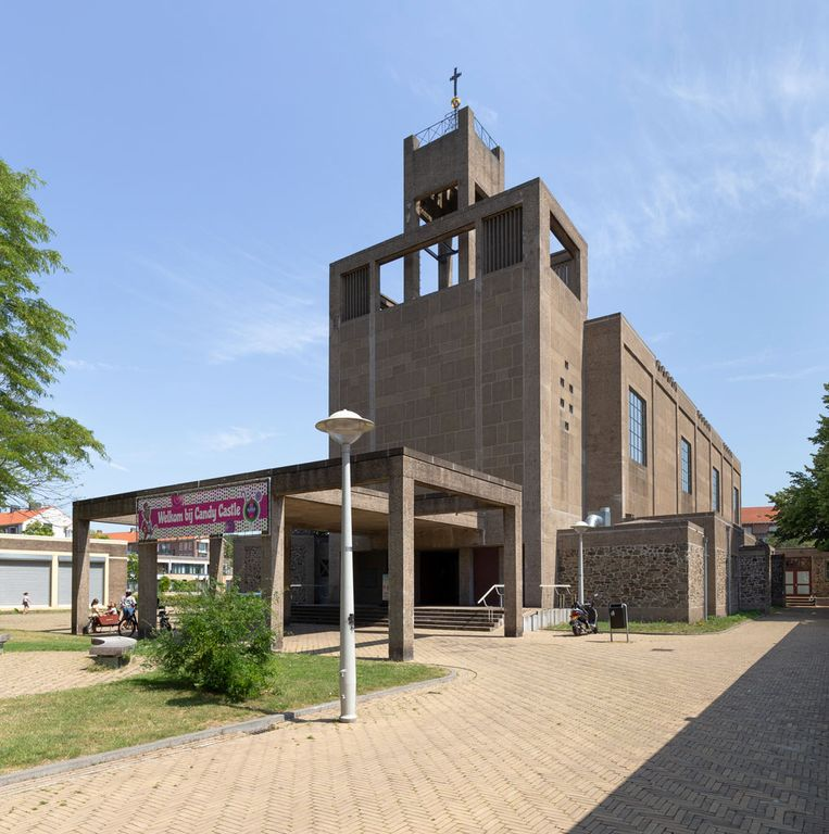 Candy Castle in de Sint-Josephkerk. Beeld Chris Booms en Paul van Galen