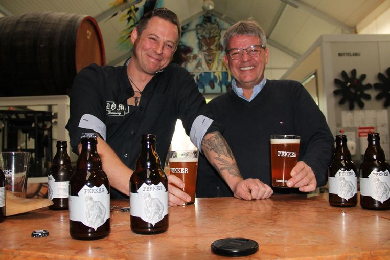 Jef Pirens en Yves Rosseel pakken uit met stadsbier Pekker.