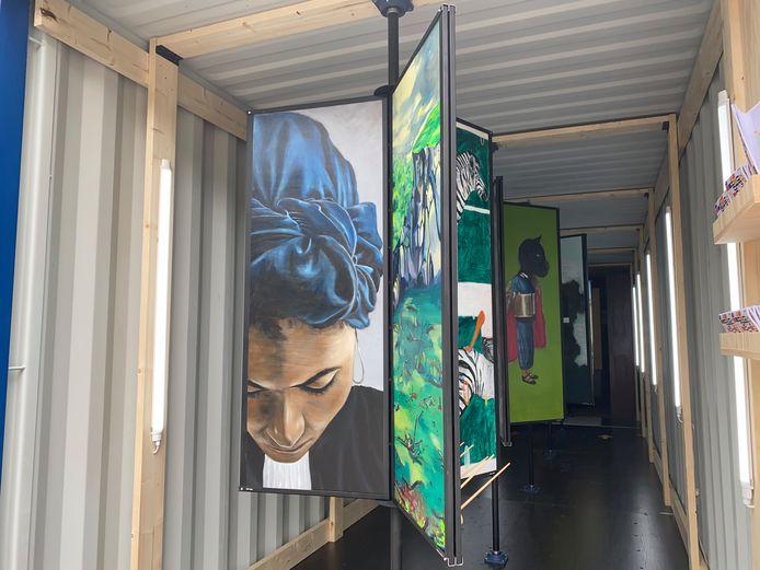 Op Eigen Hout, een bijzondere expo in een zeecontainer aan de stadshal.
