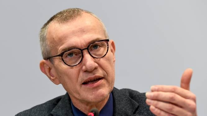 """Vandenbroucke: """"Sancties voor wie terugkeert uit buitenland en voeten veegt aan verplichte test"""""""