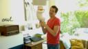 Kristof Goffin met de pop die door moest gaan voor baby Ina in de reeks.