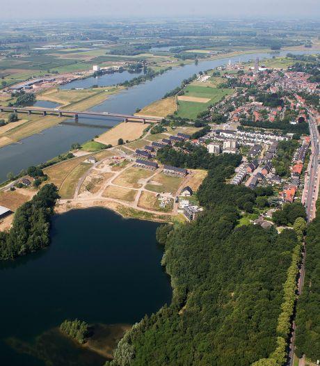 'Uitzonderlijke' situatie in zomer: waterschap verwacht hoogwater in Nederrijn, veer Rhenen ligt er al uit