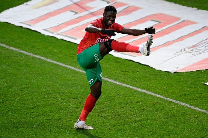 Gueye is de grote man bij KVO met twee goals.