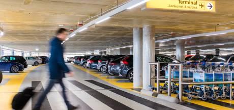 Eindhoven Airport in zee met parkeerbedrijf Interparking