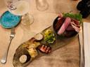 Het plankje Zuyderburen met diverse vlees- en worstgerechtjes.