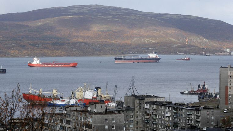 Kola-baai en de haven van Moermansk. Beeld ap