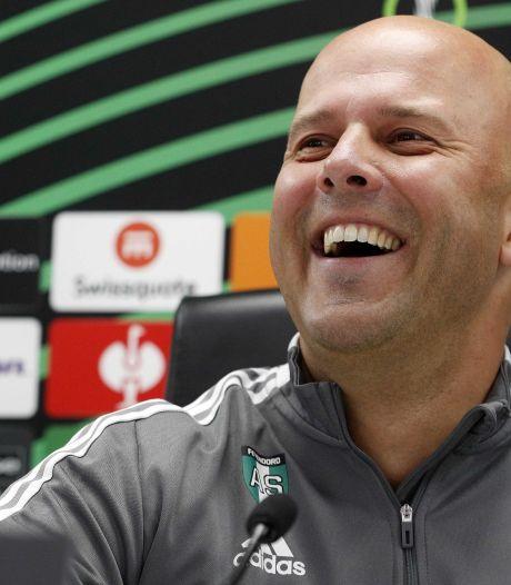 Arne Slot ziet in Ajax - Dortmund geen graadmeter voor Feyenoord: 'Union Berlin speelt veel minder open'