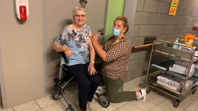 In woonzorgcentrum Sint-Augustinus krijgen bewoners al derde prik