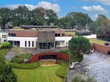 Udense villa met hoog James Bond-gehalte, ooit van Roger Lips, te koop voor 11 miljoen euro