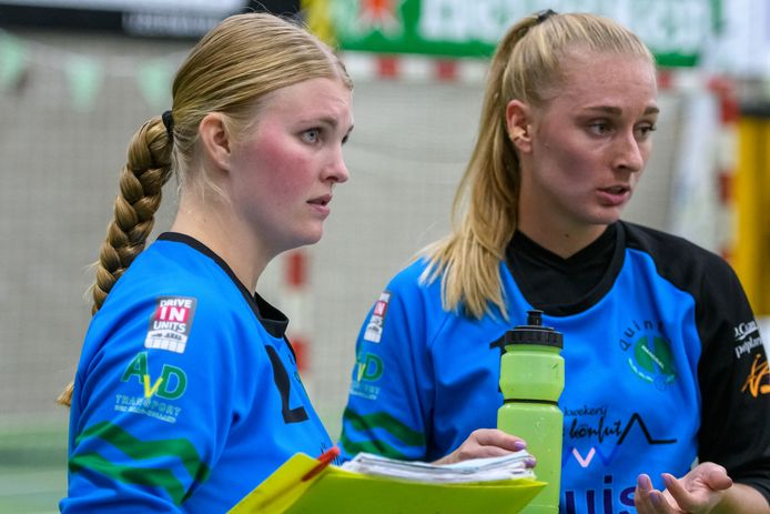Kim van Vliet scheurde eerder in de Europa Cupwedstrijd tegen HIFK Helsinki de kruisband van haar linkerknie.