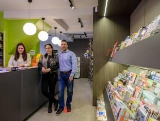 """Carine (45) geeft job in verzekeringskantoor op om droom te verwezenlijken en opent eigen krantenwinkel: """"Heel blij dat ik deze stap heb gezet"""""""