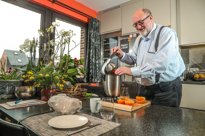 Luc Asselman s'est mis à préparer le petit-déjeuner le week-end pour que sa femme puisse dormir un peu plus longtemps.