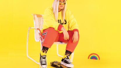 Vorig jaar nog straatmuzikant, nu wereldwijd op nummer 1: de 19-jarige achter wereldhit 'Dance Monkey'