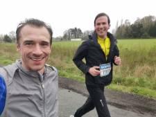 """Burgemeester Mathias De Clercq loopt zijn eerste halve marathon, zij aan zij met Cédric Van Branteghem: """"We hebben veel gepraat"""""""
