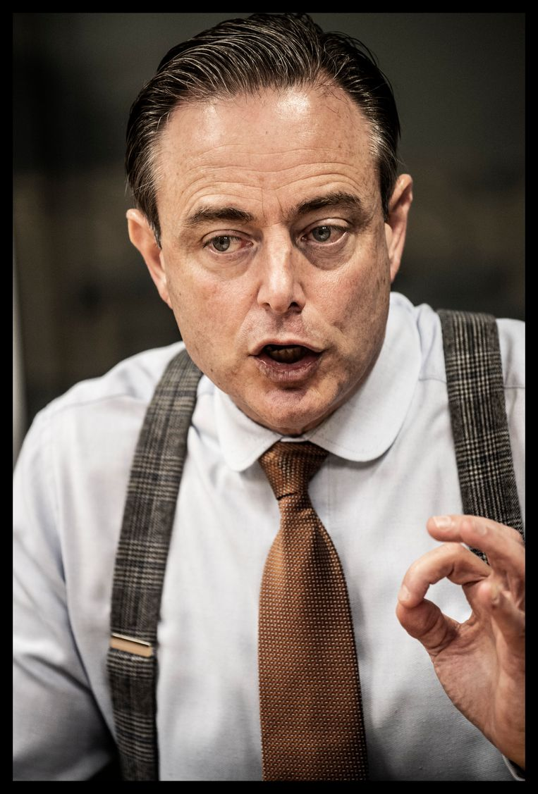Bart De Wever: 'Het klikte niet met haar. Noem het intuïtie. U zult geen foto vinden waarop wij samen staan.' Beeld Saskia Vanderstichele