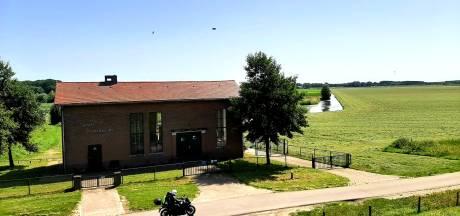 Gigantische hoeveelheid water komt richting West-Brabant: 'Alle vertrouwen dat de dijk het houdt'