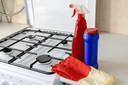 Hoe houd je het fornuis schoon? Marja Middeldorp heeft wel wat tips en trucs.