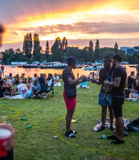 Handhavers kunnen aantal feesten niet aan: 'Niet op elke hoek een agent'