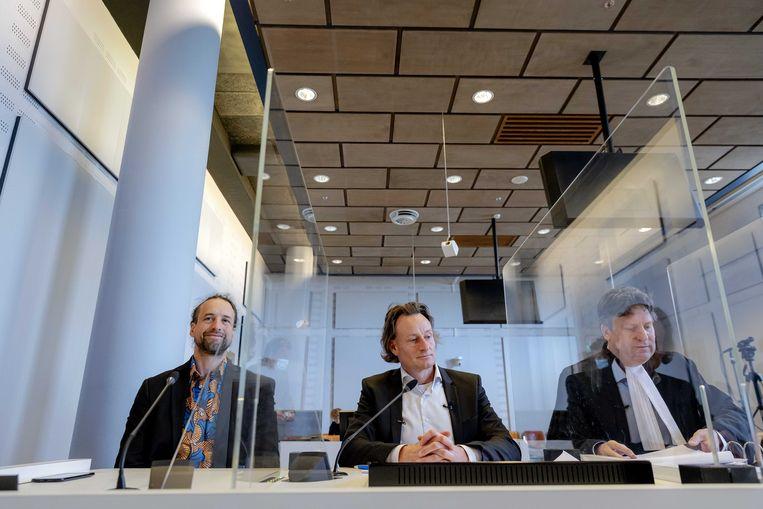 Willem Engel (links) in de rechtbank. Beeld EPA