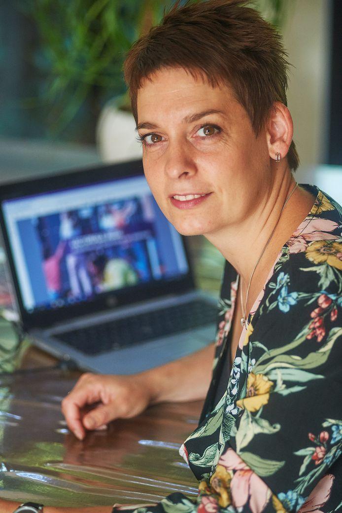Onderwijskenner Linda van den Bergh uit Oss , oud leerling TBL Oss is lector geworden op de Pabo. Fotograaf: Van Assendelft/Jeroen Appels